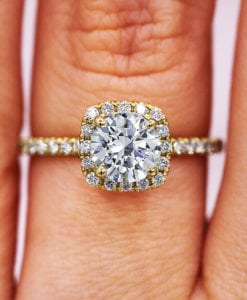 1.04 Ct Halo Round Diamond Engagement Ring